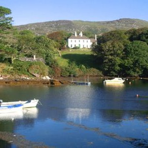 Westcove House and Holiday Cottages in beautiful County Kerry Ireland : offering self-catering accommodation in a large country house or in several cottages on site : perfect for groups of friends or family wishing to holiday together